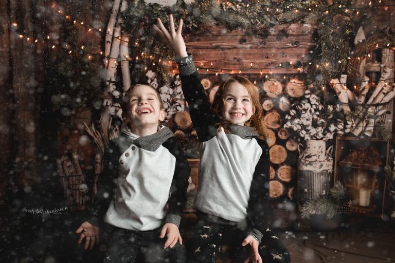 Paisley & Wyatt {Christmas Portraits}   Las Vegas Family Photographer   Child Photography   Holiday Session   Snow   Cabin   Studio
